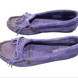 Minnetonka Kilty Hardsole purple moccasins